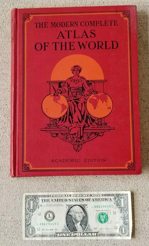 """Vintage Collectible """"The Modern Complete Atlas of the World"""" – Academic Edition for Sale in Auburn, WA"""