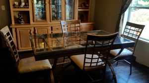 tempered glass kitchen table and chairs for Sale in Syracuse, IN