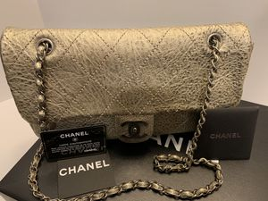 CHANEL calfskin light gold classic flap bag RARE AUTHENTIC for Sale in San Diego, CA