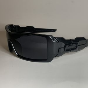 Brand new MENS sunglasses Oakley OILRIG style Pick up Lake Forest Mon-fri 8am-3pm for Sale in Mission Viejo, CA