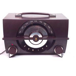 Vintage Zenith Tube Radio Portable AM Art Deco Bakelite R615, Works! for Sale in Seattle, WA