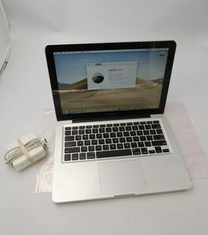 Apple laptop MacBook Pro 13inch 2011, 2.4ghz 8gb 750gb for Sale in Hermon, ME