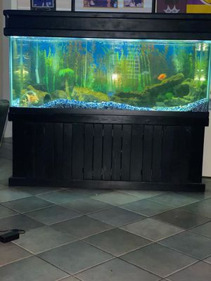 210 lbs Gallon Fish Tank for Sale in Sun City, AZ