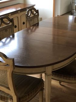 French Provisional Dining Set for Sale in Duvall,  WA