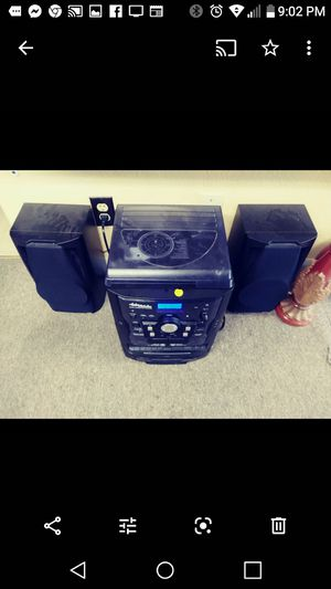 Cd tape and record player for Sale in Alton, IL