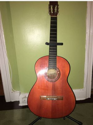 Guitar acoustic for Sale in Washington, DC