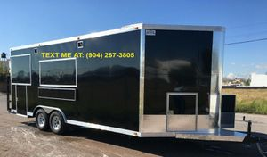 LONG&BIG CATERING TRAILER 6.88 for Sale in Medina, OH