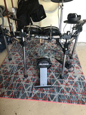 Alesis Surge Mesh Head Electronic Drum Set with Headphones for Sale in Stuart, FL