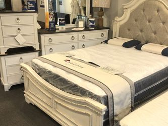 BRAND NEW BED FRAME for Sale in Fort Worth,  TX