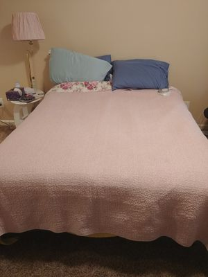 Queen bed (mattress, box spring and frame) for Sale in Arvada, CO