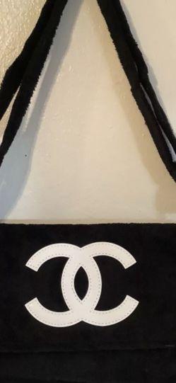 Authentic Designer Messenger Bag for Sale in Oregon City,  OR