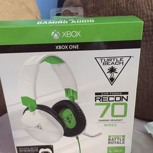 Xbox one Turtle Beach Headset for Sale in Chicago, IL