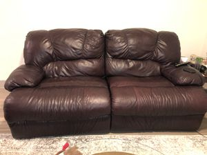 Recliner Leather Couch for Sale in Grand Prairie, TX