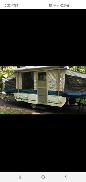 1995 Destiny Royale Coleman Pop Up Camper for Sale in Harwood, MD