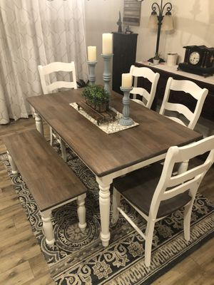 CHARMING Farmhouse Dining Table And Chairs And Bench for Sale in Mesa, AZ