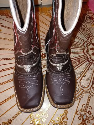 Botas 8 for Sale in ROWLAND HGHTS, CA