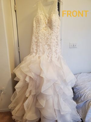 Wedding dress for Sale in Mesa, AZ