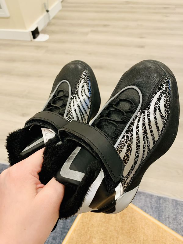 New Winter Shoes Boy Size 12 For Age 5-6