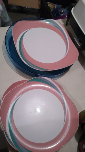 3 set plates for Sale in Adelanto, CA