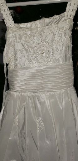 White Brand New little Girl's dress with shawl for Sale in Laveen Village,  AZ