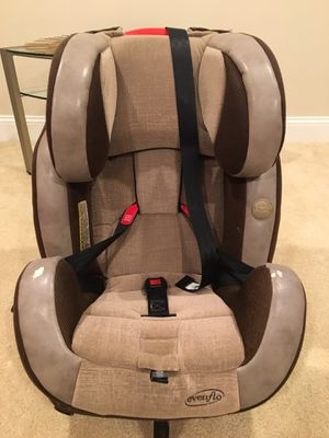 Graco Baby travel system - car seat and stroller frame for Sale in Fairfax, VA