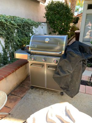 Propane grill w/ cover for Sale in Laguna Niguel, CA