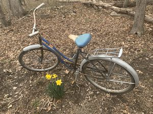 Vintage bike, lots of life left in it for Sale in Grottoes, VA