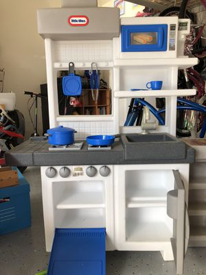 Little tikes ultimate cook kitchen for Sale in Long Beach, CA