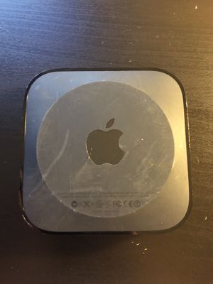 Apple TV (3rd Generation) + Power & HDMI Cable for Sale in Tampa, FL