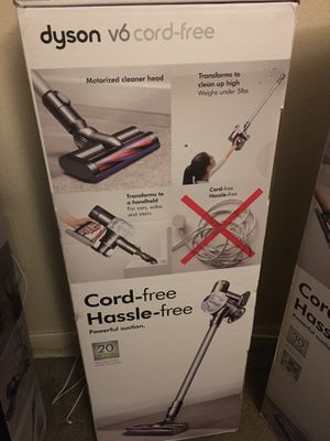 Dyson v6 cord free vacuum for Sale in Fort Worth, TX