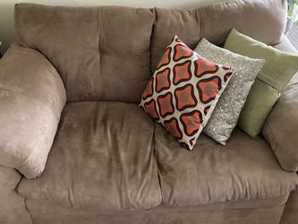Small Sofa for Sale in Kissimmee,  FL