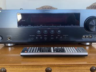 Yamaha RX-V465 5.1 Surround Sound Receiver for Sale in Kennewick,  WA