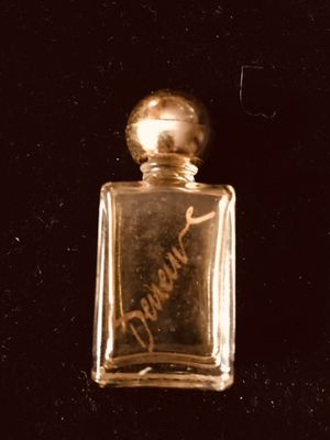 Vintage Perfume for Sale in Kent, WA