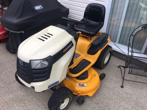 Riding lawn mower tractor cub cadet for Sale in Strongsville, OH