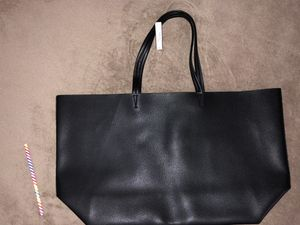 NEW!! Victoria's Secret large tote faux black leather for Sale in North Potomac, MD