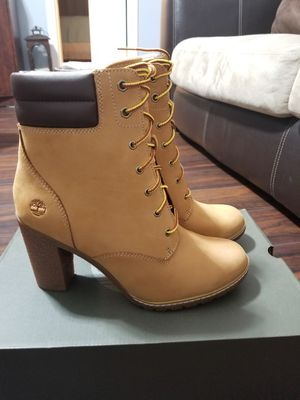 Women's Timberland Tillston 6 inch Boot Wheat Heel Size 9 and 9.5 , 9 1/2 for Sale in Henrico, VA