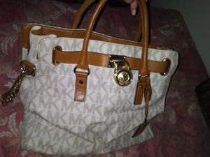 Michael kors purse for Sale in Allentown, PA