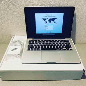 "Apple MacBook Pro 13"" Notebook Core 2 Duo 2.20GHz 8GB 500GB DVD±RW GeForce MB990 for Sale in La Habra Heights, CA"