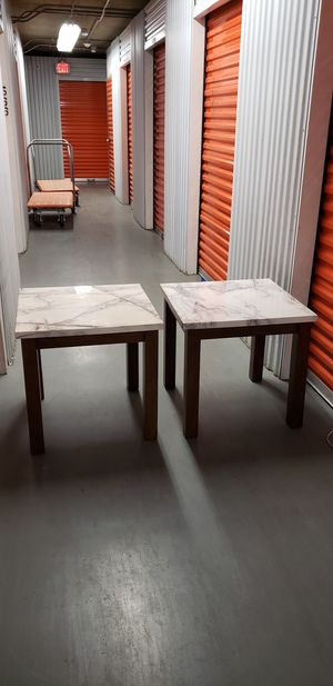 Two Mable Look Top End Table for Sale in Washington, DC