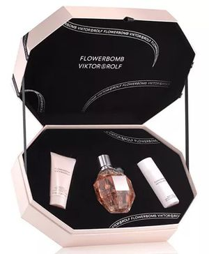 Flowerbomb women perfume for Sale in The Bronx, NY