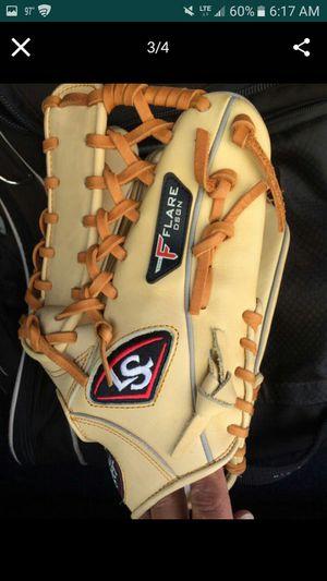 "Louisville 13"" trapez glove for Sale in Las Vegas, NV"