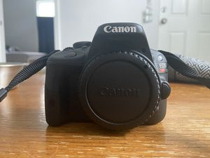 Canon Sl1 with lens for Sale in Overland Park, KS