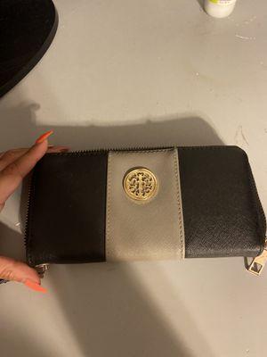 Wallet for Sale in Laureldale, PA