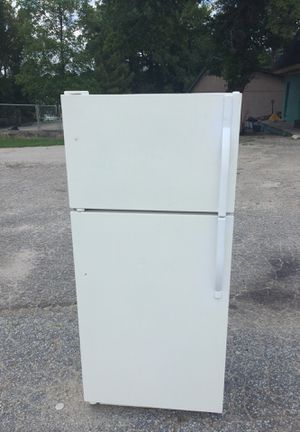 100$ fridge for Sale in Raleigh, NC