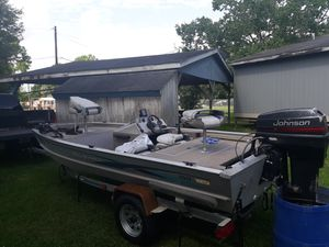 "1996 16"" Roughneck All Aluminum Bass Boat/Galvanized Trailer/ 50hp Johnson/ Minn Kota Trolling Motor for Sale in Highlands, TX"