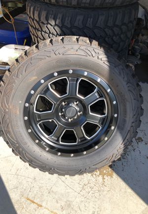 Jeep JK wheels and tires (5) for Sale in Mission Viejo, CA