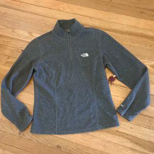 S* North Face pullover TKA 100 for Sale in Spokane, WA