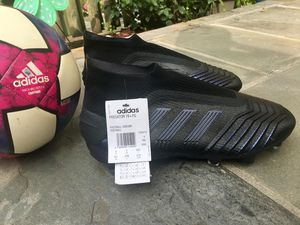 Man Soccer Cleats. # 9.5 for Sale in Gaithersburg, MD