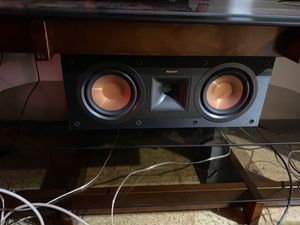 Klipsch center channel speaker for Sale in Florissant, MO