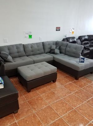 Sectional Polyfiber w/ 2 Accent Pillows [ONLY $50 DOWN] [90 DAYS TO PAY SAME AS CASH] for Sale in Irving, TX